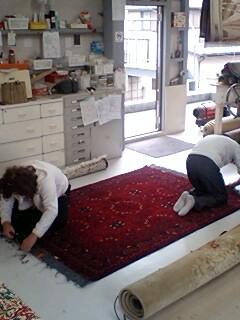 アフガニスタン絨毯