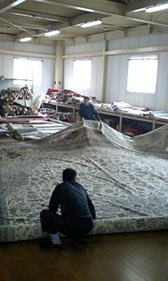 でっかい絨毯