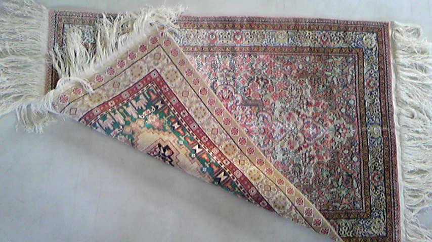 久しぶりのリバーシブル絨毯